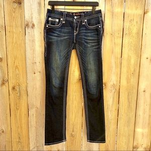 Rock Revival | Straight Yui Size 26